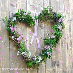 Ein Herz-Blumenkranz zum Valentinstag. Anleitung auf dem Blog Craftyneighboursclub.com