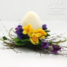 Wool Needle Felting, Needle Felting Tutorials, Needle Felted Animals, Egg Crafts, Easter Crafts, Diy And Crafts, Easter Projects, Diy Projects To Try, Easter Art