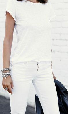 Annabelle Fleur looks wonderful in these white skinnies and black heels!   Jacket: The Kooples, Jeans: Rag and Bone, Tee: Citizens of Humanity