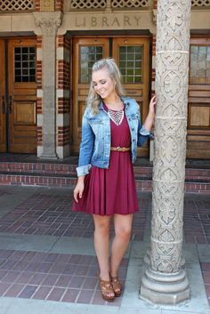Solid burgundy coloring with cap sleeves, boat neckline, and an a-line fit. Pair it with our Classic Denim Jacket, Talking Back Belt, and Popular Crowd Necklace. Pretty Outfits, Winter Outfits, Cute Outfits, Cute Dresses, Casual Dresses, Short Dresses, Casual Chic, Outfit Chic, Différents Styles
