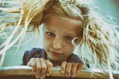 Looking. by LeifLndal Family Photography #InfluentialLime