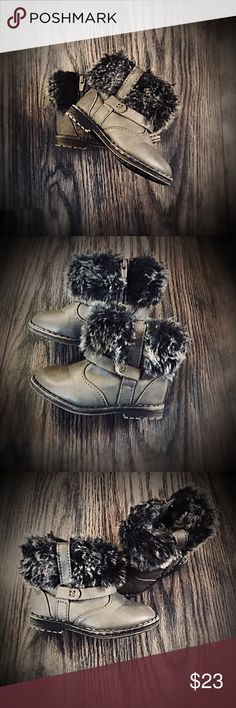 """Zara Baby Fur Boots EUC Size 18/ 3 toddler. Basically new, only have been worn in the house. A Fall and Winter staple for your LO... these Zara Baby boots are on trend and sure to be a """"go to"""" piece in your LO's wardrobe. They are taupe with faux raccoon fur with straps and zipper in back for easy on & off. Zara Shoes Boots"""