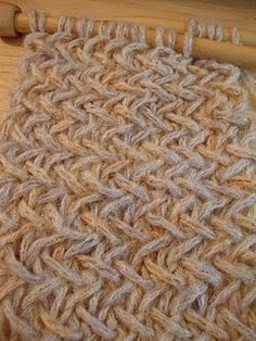 KNIT- very easy version of the herringbone stitch... For future reference :).