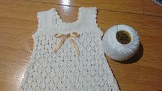 Manetes d'Or: Tutorial ranita. Baby Dress, Crochet Baby, Body, Baby Kids, Tulum, Crochet Patterns, Knitting, Dresses, Women