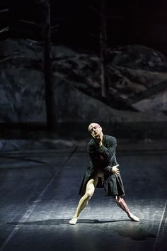 """Slideshow:'Frankenstein""""' at the Royal Opera House by Gabriella Daris (image 1) - BLOUIN ARTINFO, The Premier Global Online Destination for Art and Culture 