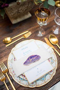 purple geode place card idea @weddingchicks