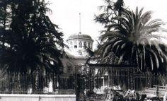 """Esta quinta fue, anteriormente, parte de la chacra de """"don Gregorio Rojas"""" (?), cuyos herederos la vendieron , en 1856 a d.Manuel Montt, en 22 mil pesos; éste la vendió a E. Meiggs, en 1862 en 50 mil pesos (precio bastante elevado), y éste a su vez, la vendió en 1876 a Emeterio Goyenechea, en 150 mil ; luego la heredó su hna.Isidora Goyenechea,quien vendió c. 1889 a Agustín Tagle M., el que loteó la propiedad"""