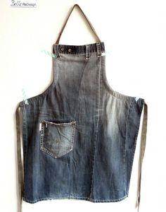 Sehen Sie sich das Foto von BelleReDesign mit dem Titel Tough apron made from ol. Look at the photo of BelleReDesign titled Tough apron made from old ., ideas for jeans Sewing Aprons, Sewing Clothes, Diy Clothes, Diy Jeans, Artisanats Denim, Denim Purse, Blue Denim, Jean Diy, Jean Apron