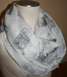 Hey, I found this really awesome Etsy listing at https://www.etsy.com/listing/169386059/infinity-scarf-camera-black-white