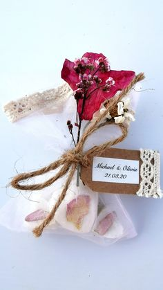 Dried Flowers, Pink Flowers, Soap Wedding Favors, Shea Butter Soap, Unique Presents, Rustic Wedding, Place Card Holders, Shapes, Handmade