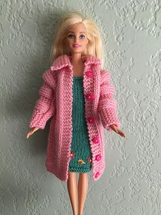Pamclyde's Pink Barbie Coat - Expolore the best and the special ideas about Fashion dolls Sewing Barbie Clothes, Knitting Dolls Clothes, Barbie Clothes Patterns, Doll Dress Patterns, Crochet Doll Clothes, Clothing Patterns, Knitting Toys, Free Knitting, Knitting Projects