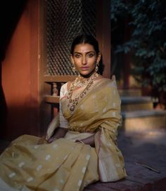 Indian Attire, Indian Wear, Indian Dresses, Indian Outfits, Indian Aesthetic, Indian Wedding Wear, Indian Look, Fancy Blouse Designs, Indian Couture