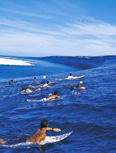 Going surfing on big waves. Teahupoo, close to the Polynesian island of Tahiti, is famous world-wide for its clean, massive and consistently barreling surf. No Wave, Tahiti, Wind Surf, Surf Fishing, Big Wave Surfing, Surf Wave, Girl Surfing, Big Waves, Surf Girls