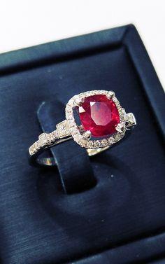 천연루비반지 Color Stone, Stone Jewelry, Heart Ring, Rings, Ring, Heart Rings, Jewelry Rings