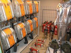 Feuerwehr - Ausrüstung im Regierungsbunker Ahweiler
