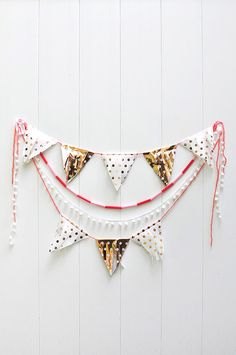 DIY Fringed Tissue Paper Banner - Delineate Your Dwelling