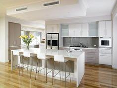 10 Inspiring Modern Kitchen Designs – My Life Spot Open Plan Kitchen Living Room, Home Decor Kitchen, Kitchen Interior, New Kitchen, Glossy Kitchen, Modern Kitchen Cabinets, Luxury Kitchen Design, Contemporary Kitchen Design, Custom Kitchens