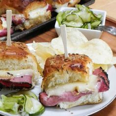 Hot Pastrami Sliders and A Week's Worth of Easy Dinner Ideas #WeekdaySupper. Find these recipes and others at www.sundaysuppermovement.com. #SundaySupper
