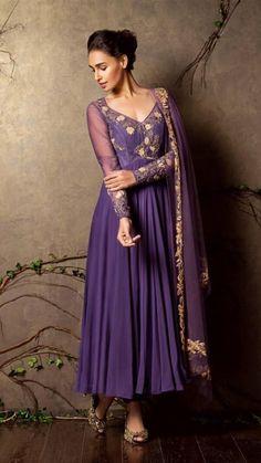 Simple Lehenga, Simple Sarees, Long Dress Design, Stylish Dress Designs, Indian Dresses, Indian Outfits, Indian Clothes, Shyamal And Bhumika, Anarkali Dress