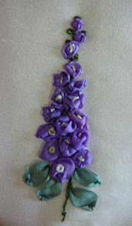 Silk Ribbon Embroidery: Tutorial - Delphiniums - this site shows how to use ribbon to embroider lots of flowers