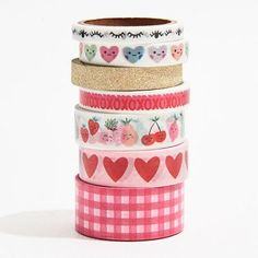 This Valentine's Day washi tape set contains 7 themed rolls. <br>Each roll contains 6 yards of tape. <br><Br>Roll designs feature hearts, eyes, glitter, and more. Perfect for any Valentine's Day craft