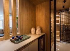 Casa Mix, Cidades Do Interior, Bathtub, Bathroom, Tv, Furniture, Home Decor, Home Wine Cellars, Master Suite