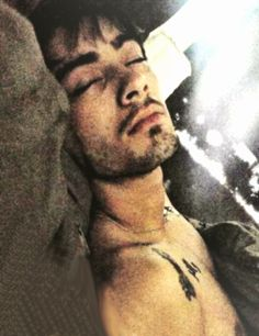 For those of you who dont know, this is the pic the waitress says she took of zayn after they got done having sex a few days ago. i dont believe he cheated, but the evidence is against him :(