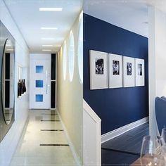 É muito chato ter a casa todo linda e aquele corredor escuro, sem graça, mal iluminado, sem qualquer decoração … enfim, triste. Para acabar com este problema na sua casa, selecionei ideias para que seu corredor seja tão lindo quanto sua casa inteira. Aproveita!!!!