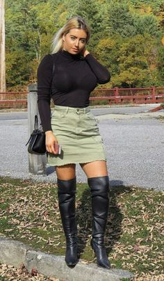 Black Boots Outfit, Sexy Boots, Heeled Boots, Bootie Boots, Womens Thigh High Boots, Over The Knee Boots, Sexy Outfits, High Heels, Leather Outfits
