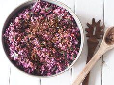 Coleslaw med rødkål og skyr-dressing