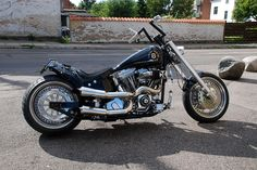 """Harley Davidson Motorcycle """"Lucky 8"""" owned by Bent Olsen from Denmark (Photo: Simon Drost)"""