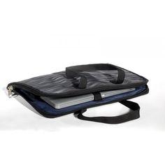 Upcycling Notebook Bag made of seatbelts and jeans /// Upcycling Laptop Tasche aus alten Sicherheitsgurten und gebrauchten Jeans