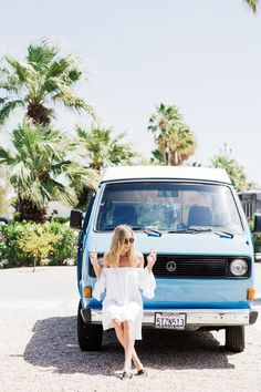 Peace, Love, and Palm Springs // Love a vintage Westfalia and off the shoulders white summer dresses // travel // vacation