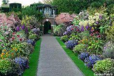 Projekt ogrodu:kwiatowa alejka... - Lato