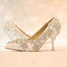 Shoespie Rhinestone Low Heel Bridal Shoes