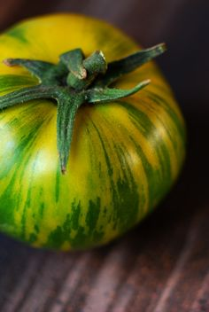 Green Zebra Tomato Heirloom Seeds - Non-GMO, Open Pollinated, Untreated Tomato Plants For Sale, Heirloom Tomato Plants, Heirloom Tomatoes, Fruit Garden, Edible Garden, Vegetable Garden, Green Zebra Tomato, Eat The Rainbow, Grow Organic