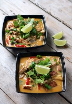 Asian style vegetable & coconut soup (with chicken or tofu)
