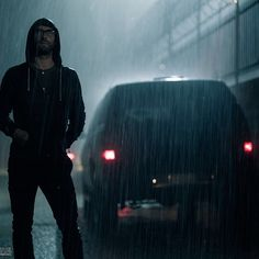 Stalker stalker  #Maroon5 #animals #video #new #adamlevine