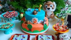 Fun cake at a jungle safari birthday party! See more party ideas at CatchMyParty.com!