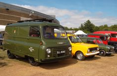 Started life as a depot runabout in Epsom. Seen at Gaydon in Aug 2015 when attending the classic van and pick-up show Commercial Van, Commercial Vehicle, Van Car, Old Commercials, Cool Vans, Vintage Vans, Royal Mail, Model Car, Pickup Trucks