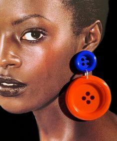 Funky, large dangle button earrings. Designer earrings. Blue and orange. Statement earrings Button Earrings, Statement Earrings, Have Some Fun, Designer Earrings, Manners, Dangles, Jewelry Design, Buttons, Jewellery
