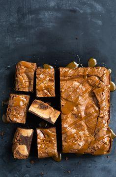 Condensed milk fudge swirl brownies #brownies #baking