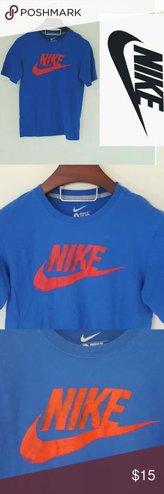 Nike men's t-shirt size small! N excellent condition! Men's Nike shirt, size small.   Offers welcome Nike Shirts Tees - Short Sleeve