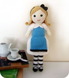 Sale Amigurumi Knit Alice in Wonderland Pattern por AmyGaines