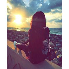 Zara Afreen Khan ❤ Model Poses Photography, Tumblr Photography, Family Photography, Stylish Photo Pose, Stylish Girls Photos, Lovely Girl Image, Cute Girl Photo, Cute Girl Poses, Girl Photo Poses