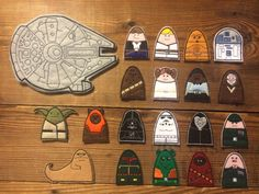 Recreate the classic series with these 19 handmade felt finger puppets and store them easily in the Millennium Falcon!  Obi Wan Kenobi C-3P0