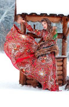 Одежда и аксессуары к русскому платью