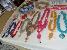 vários colares Evento Largo do Machado (2014)