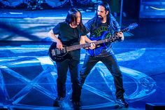 Dream Theater – On Tour Now Official Photos Photos John Petrucci, Breaking The Fourth Wall, Photo Dream, Dream Theater, Hard Rock, Rock Bands, Heavy Metal, Punk, Music