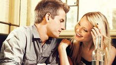 Secretos para enamorar a una mujer Cosmopolitan, Couple Photos, Couples, Friend Zone, Lap Dogs, Sayings And Quotes, Body Language, Couple Shots, Couple Photography